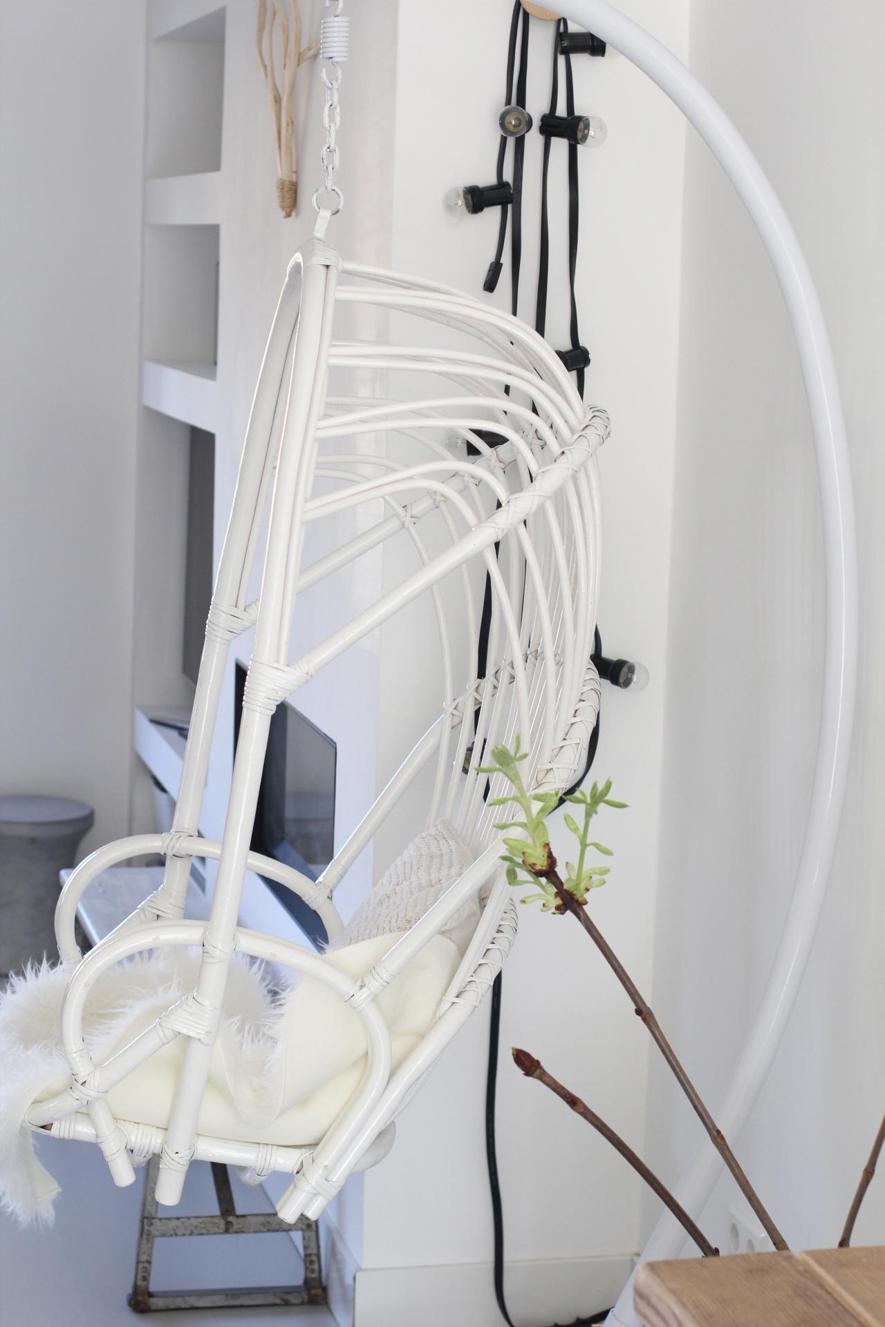 Hangstoel Vintage Wit.Binnenkijken Bij Laura Verschuur En Maak Kans Op Een Hangstoel Set